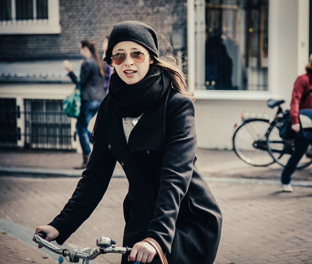 Momentary Capture | Bicycle Chic Amsterdam