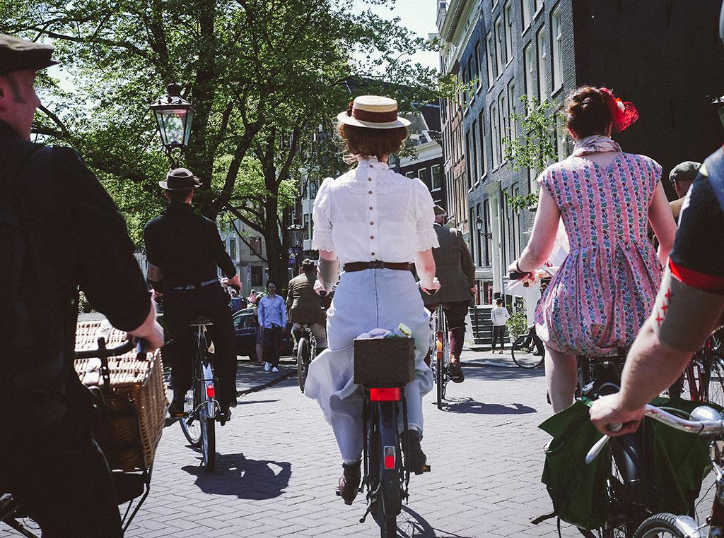 Colonial Ride