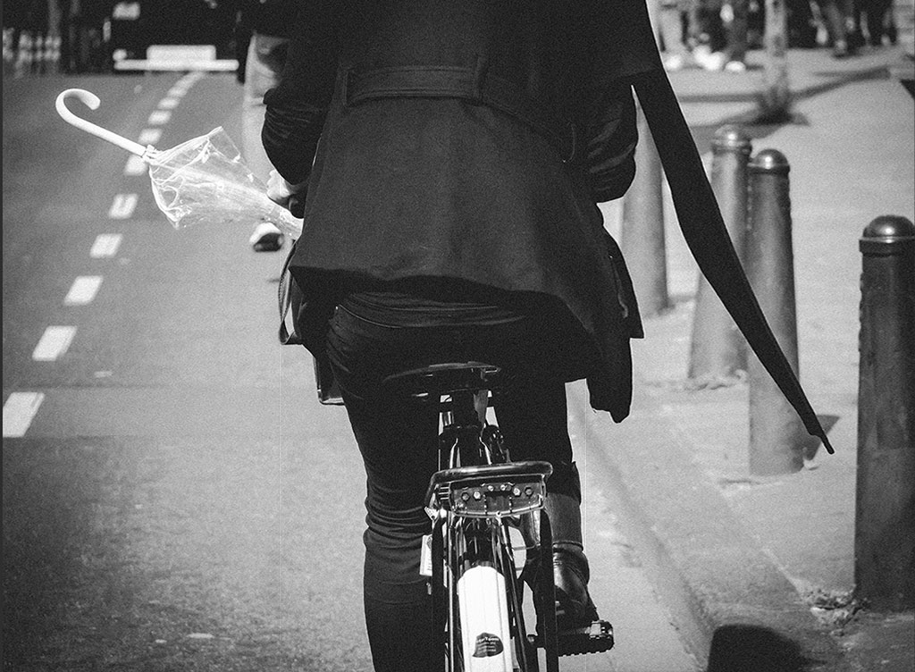 Bicycle Street Photography in Amsterdam | White Umbrella