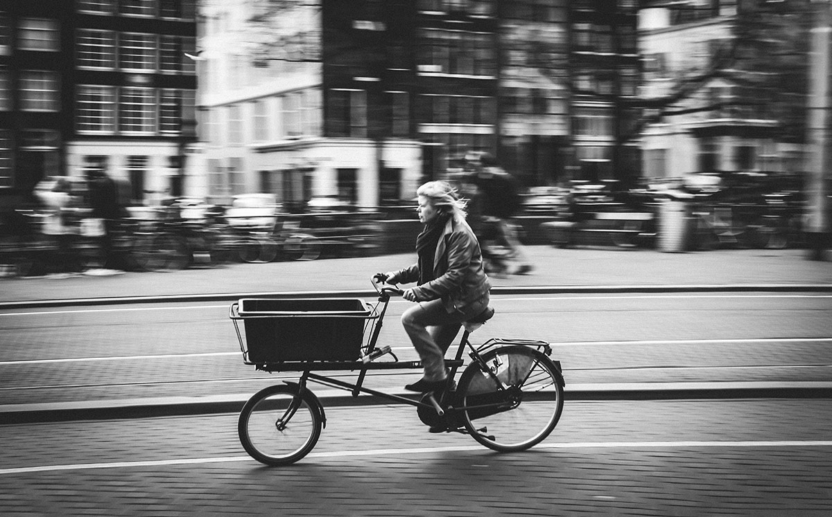 Cargo Run | Bicycle Street Photography Amsterdam