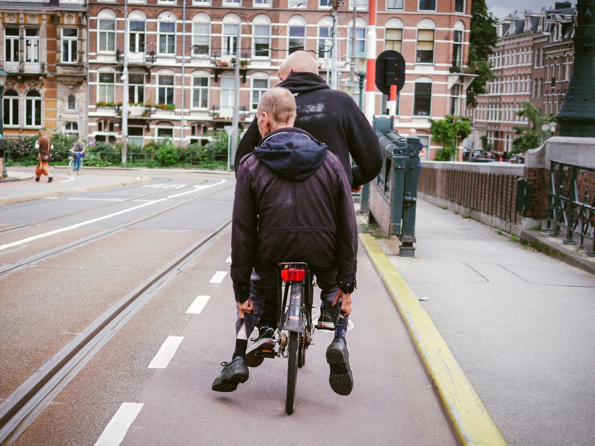 Carrying a Passenger in Amsterdam | The Bullfrog