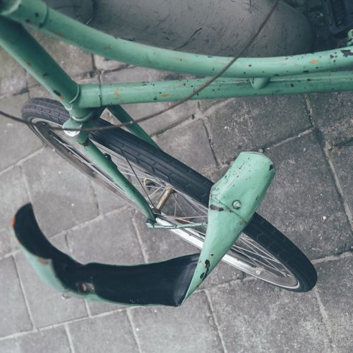 Bent bicycle fender